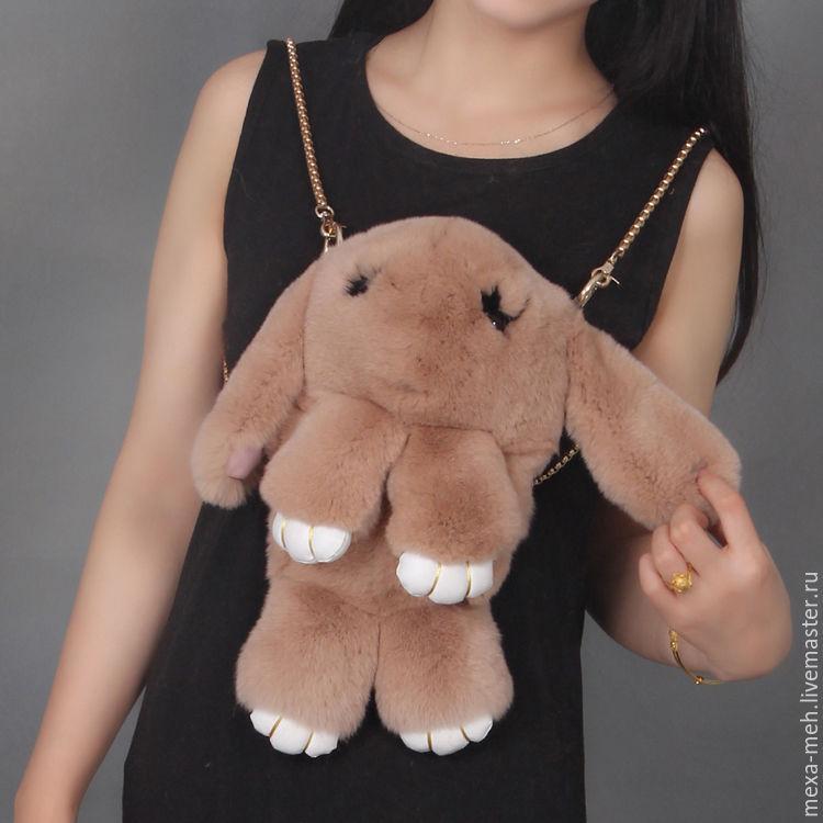 Купить Сумка-рюкзак Кролик из натурального меха