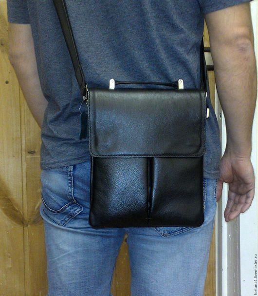 Мужские сумки ручной работы. Ярмарка Мастеров - ручная работа. Купить Сумка кожаная мужская 133. Handmade. Черный
