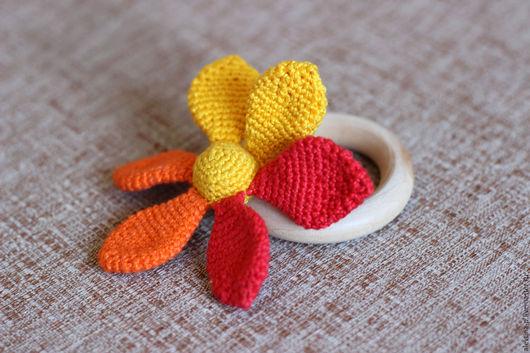 Развивающие игрушки ручной работы. Ярмарка Мастеров - ручная работа. Купить Прорезыватель-погремушка Цветок. Handmade. Комбинированный, грызунок