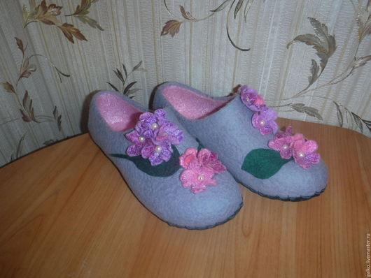 Обувь ручной работы. Ярмарка Мастеров - ручная работа. Купить домашние тапочки. Handmade. Комбинированный, тепло, серый
