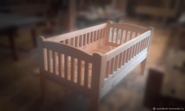 детская кровать из массива кедра