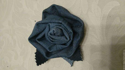 """Броши ручной работы. Ярмарка Мастеров - ручная работа. Купить Брошь """"Роза ветров"""". Handmade. Джинса, роза, тёмно-синий"""