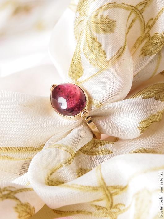Кольца ручной работы. Ярмарка Мастеров - ручная работа. Купить Кольцо с турмалином. Handmade. Фуксия, турмалин натуральный, малиновый цвет