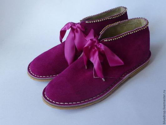 Обувь ручной работы. Ярмарка Мастеров - ручная работа. Купить Скидка! - одна пара - Ботинки цвета фуксия со стразами. Handmade.