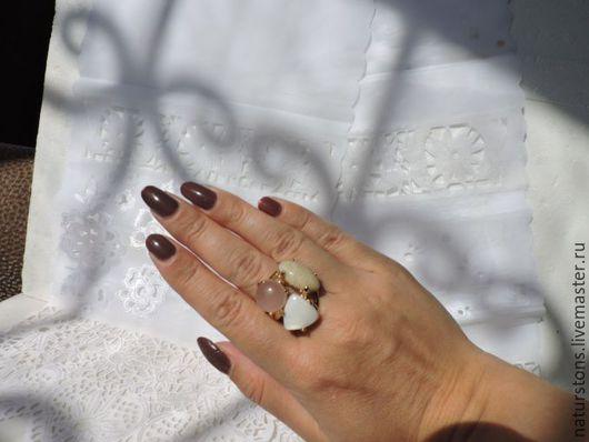 Кольца ручной работы. Ярмарка Мастеров - ручная работа. Купить кольцо с камнями. Handmade. Комбинированный, уникальный подарок, покрытие золотом