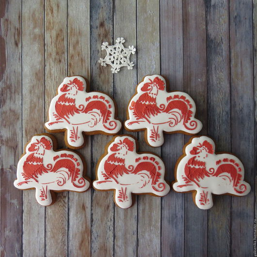 Новый год 2017 ручной работы. Ярмарка Мастеров - ручная работа. Купить Пряник Красный Петух. Handmade. Белый, красный, снежинка