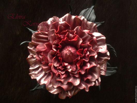"""Броши ручной работы. Ярмарка Мастеров - ручная работа. Купить Цветы из кожи. Роза из кожи """"Перламутровый шик"""". Handmade. броши"""