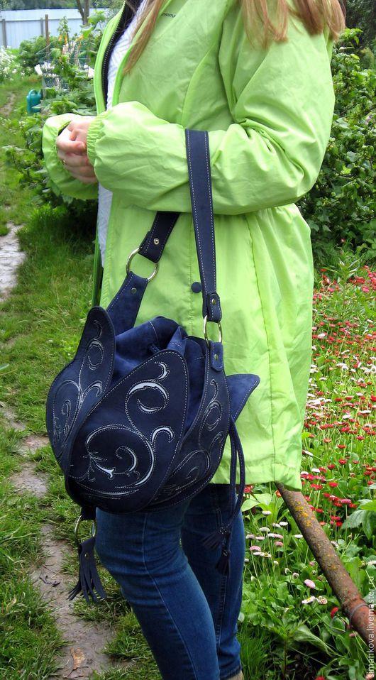 Женские сумки ручной работы. Ярмарка Мастеров - ручная работа. Купить Тюльпан синий. Handmade. Тёмно-синий, сумка с декором