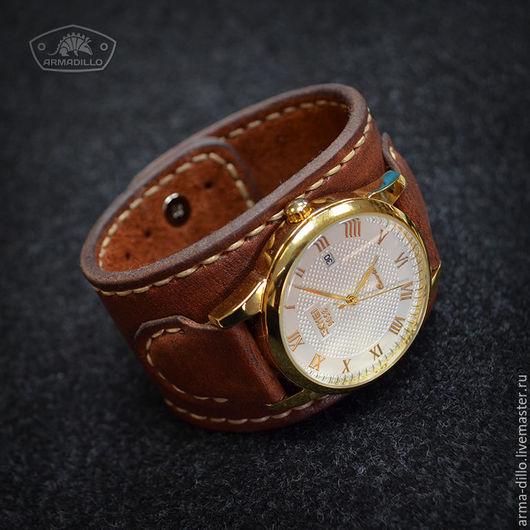 Часы с широким кожаным браслетом Armadillo