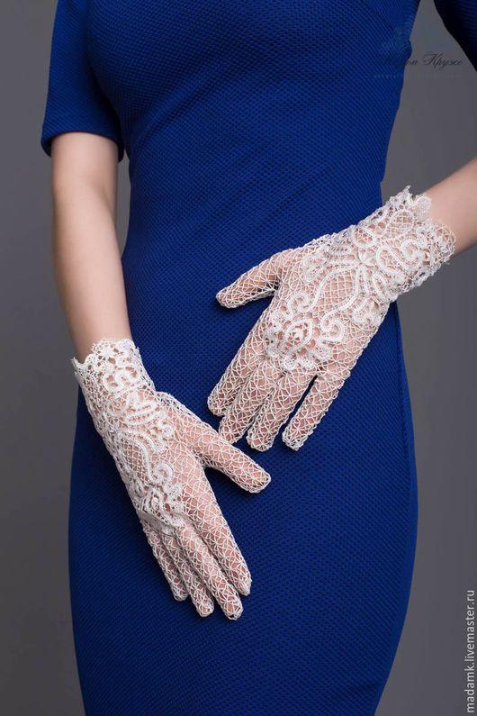 Варежки, митенки, перчатки ручной работы. Ярмарка Мастеров - ручная работа. Купить Кружевные перчатки «Цветок любви» Вологодское коклюшечное кружево. Handmade.