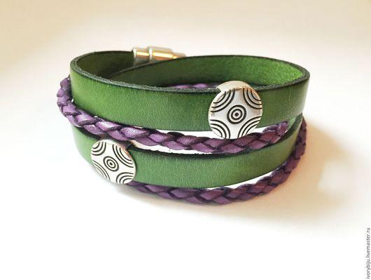 Браслеты ручной работы. Ярмарка Мастеров - ручная работа. Купить Кожаный браслет-намотка, фиолетово-зеленый. Handmade. Кожаный браслет