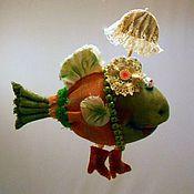 Куклы и игрушки ручной работы. Ярмарка Мастеров - ручная работа Рыба под зонтиком. Нашла новый аквариум!. Handmade.