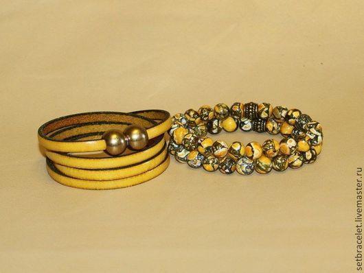 Браслеты ручной работы. Ярмарка Мастеров - ручная работа. Купить Женские браслеты комплект: желтый кожаный ш.5мм, замок бронза, мозаика. Handmade.