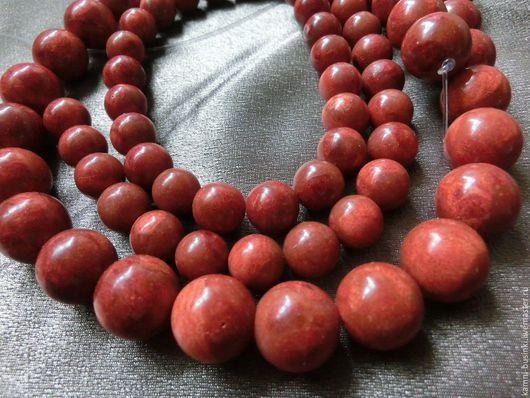 Коралл 10-14 мм губчатый красный натуральный бусины шары. Бусины коралла для колье, коралл бусины разделители для браслетов, коралл красный бусины для серег.