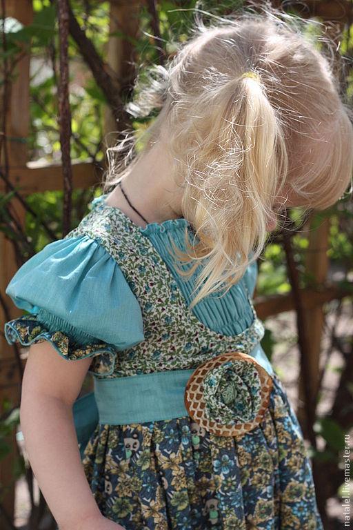 Одежда для девочек, ручной работы. Ярмарка Мастеров - ручная работа. Купить Платье для девочки  Мишки с яблочками в ретро-стиле оборки. Handmade.