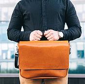 Кожаная рыжая мужская деловая сумка мессенджер