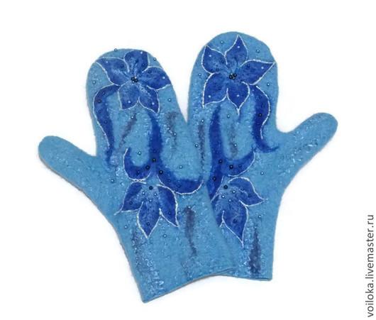 """Варежки, митенки, перчатки ручной работы. Ярмарка Мастеров - ручная работа. Купить Варежки валяные """"Зимняя лилия"""". Handmade. Голубой"""