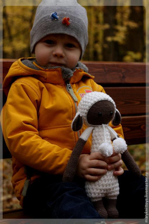 Волчонок в овечьей шкуре.