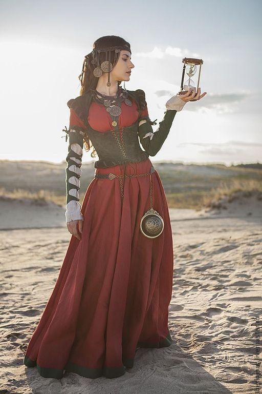 """Платья ручной работы. Ярмарка Мастеров - ручная работа. Купить Средневековый костюм: верхнее платье, рубашка и корсет """"Дочь алхимика"""". Handmade."""