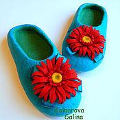 """Обувь ручной работы. Ярмарка Мастеров - ручная работа женские валяные тапочки """"Герберы 2""""тапочки валяные 100% шерсть. Handmade."""