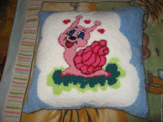 """Текстиль, ковры ручной работы. Ярмарка Мастеров - ручная работа. Купить Подушка """"Улиточка"""". Handmade. Комбинированный, подушка, подушка на диван"""