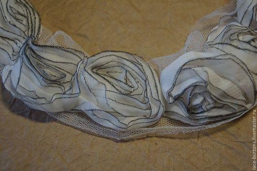 Шитье ручной работы. Ярмарка Мастеров - ручная работа. Купить Объемные цветы на сетке 4см белые с каемкой. Handmade.