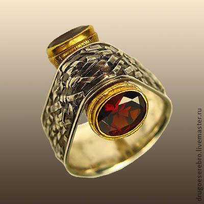 Украшения для мужчин, ручной работы. Ярмарка Мастеров - ручная работа. Купить Мужское серебряное кольцо Далеко по соседству. Handmade. Серебряный