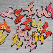 Материалы для творчества ручной работы. Ярмарка Мастеров - ручная работа Пуговица деревянная Лошадка окрашенная, 251. Handmade.