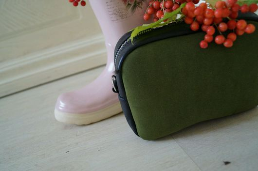 Женские сумки ручной работы. Ярмарка Мастеров - ручная работа. Купить Миниатюрная сумочка Овал оливкового оттенка. Handmade.