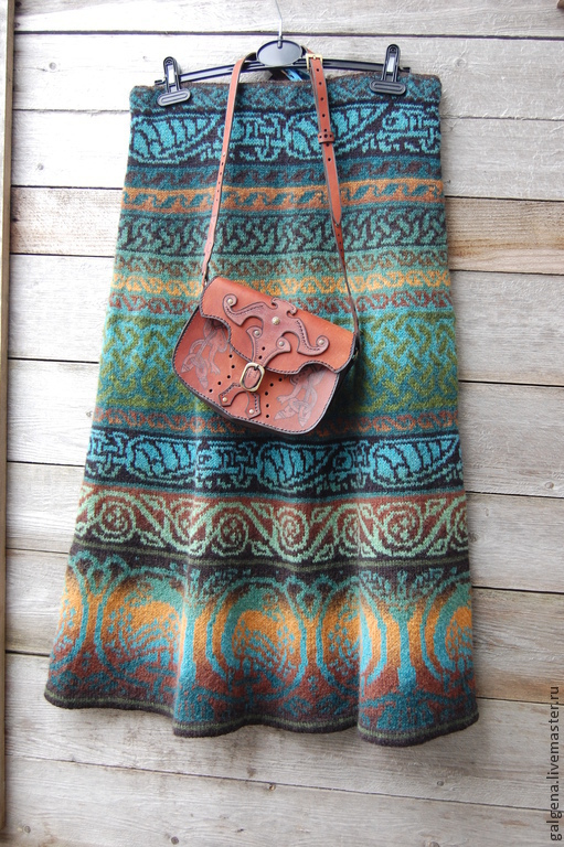 Юбки ручной работы. Ярмарка Мастеров - ручная работа. Купить Шерстяная вязаная юбочка для любителей зелёных оттенков. Handmade. Зеленый