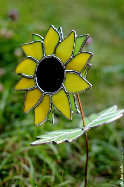 Цветы ручной работы. Ярмарка Мастеров - ручная работа. Купить ПОДСОЛНУХ. Handmade. Желтый, стеклянный цветок, 8 марта