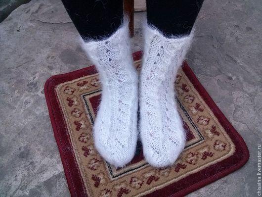 Носки, Чулки ручной работы. Ярмарка Мастеров - ручная работа. Купить Носки ажурные из белого козьего пуха. Handmade. Белый