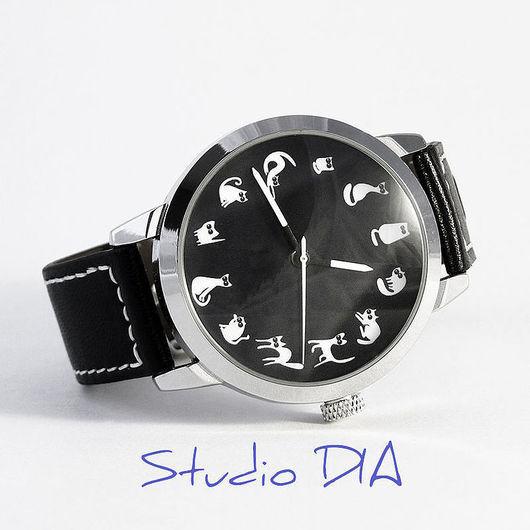 Оригинальные Дизайнерские Часы Кошки На Черном. Студия Дизайнерских Часов DIA.
