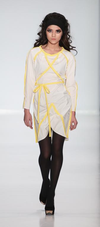 Платья ручной работы. Ярмарка Мастеров - ручная работа. Купить Платье белое с желтыми линиями. Handmade. Хлопковое платье