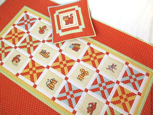 Пледы и одеяла ручной работы. Ярмарка Мастеров - ручная работа. Купить Оранжевое детское лоскутное одеяло Кошки-Мышки. Handmade.