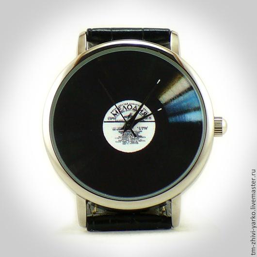 Оригинальные дизайнерские наручные часы Ручной работы `Виниловая пластинка`