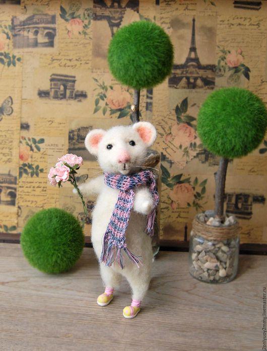 """Игрушки животные, ручной работы. Ярмарка Мастеров - ручная работа. Купить Валяная игрушка""""Белый мышонок."""". Handmade. Белый"""