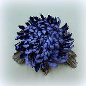 Украшения handmade. Livemaster - original item Chrysanthemum BLUE brooch made of genuine leather. Handmade.