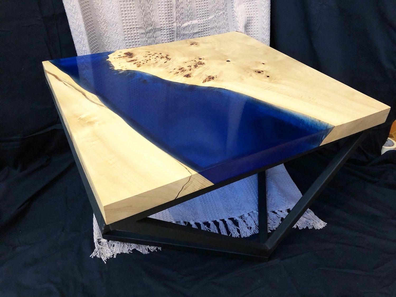 Журнальный столик из горного капового тополя с синей рекой, Столы, Москва,  Фото №1