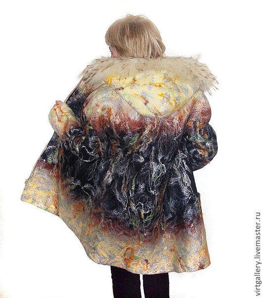 Верхняя одежда ручной работы. Ярмарка Мастеров - ручная работа. Купить Пальто валяное зимнее с капюшоном. Handmade. Черный