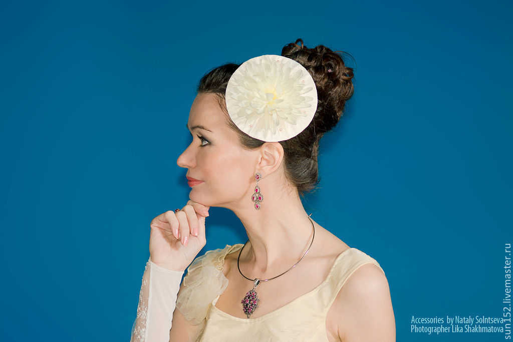 Шляпка свадебная белая для невесты `Кружевная астра`- 500 руб. Если у вас срочный заказ, тел. указан в Профиле Мастера.