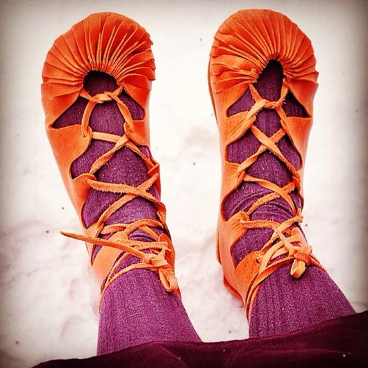 Обувь ручной работы. Ярмарка Мастеров - ручная работа. Купить Поршни, сандалии, лапти. Handmade. Домашняя обувь, макасины