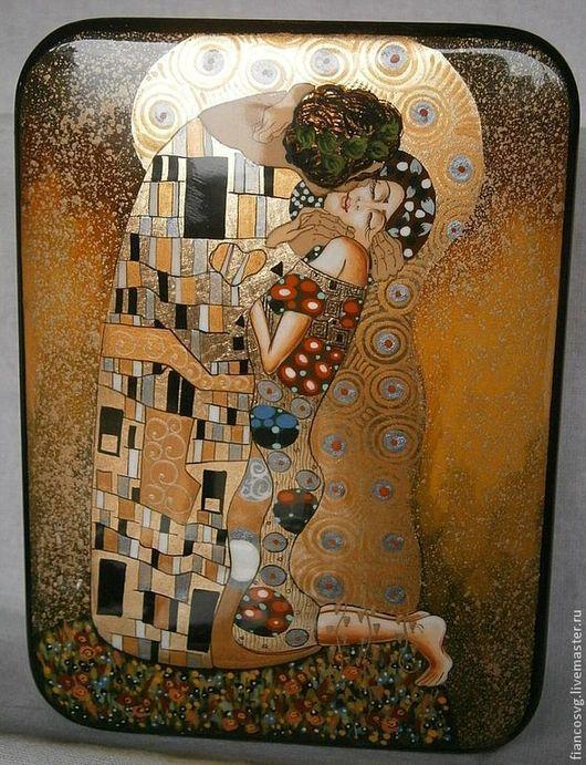 (available) Lacquer box Klimt style `The kiss`. Лакированная шкатулка расписанная вручную темперой в стиле Г.Климт  `Поцелуй`. В отличном качестве росписи.