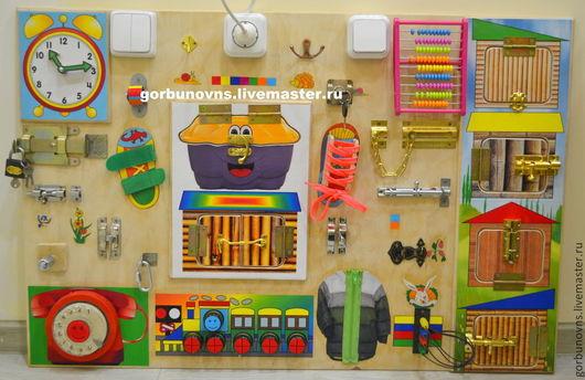 """Развивающие игрушки ручной работы. Ярмарка Мастеров - ручная работа. Купить Бизиборд  Развивающий Модуль Доска  """"Универсальный Тренажёр""""+ 4дверцы. Handmade."""