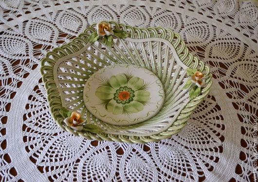 Винтажная посуда. Ярмарка Мастеров - ручная работа. Купить Старинная керамическая ваза-блюдо. Bassano.. Handmade. Белый, Керамическое блюдо