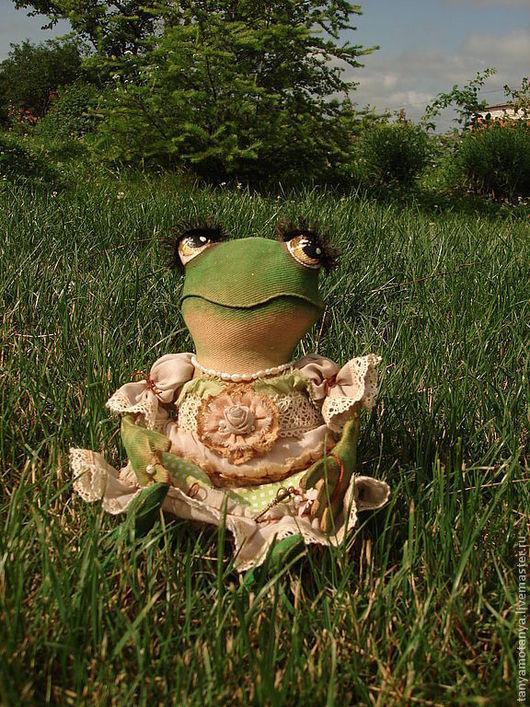 Коллекционные куклы ручной работы. Ярмарка Мастеров - ручная работа. Купить Лягушка - Миссис Жабс - кукла интерьерная. Handmade. Зеленый