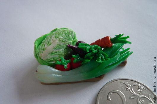Еда ручной работы. Ярмарка Мастеров - ручная работа. Купить Кулинарная миниатюра. Овощи на дощечке. Handmade. Ярко-зелёный