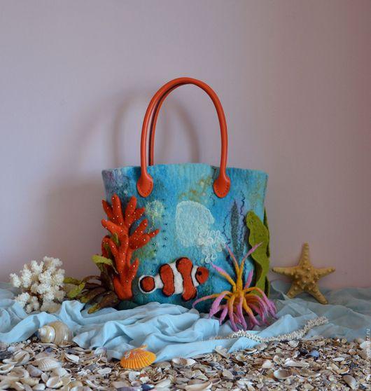 """Женские сумки ручной работы. Ярмарка Мастеров - ручная работа. Купить """"Грезы о море"""" арт-сумка валяная. Handmade."""