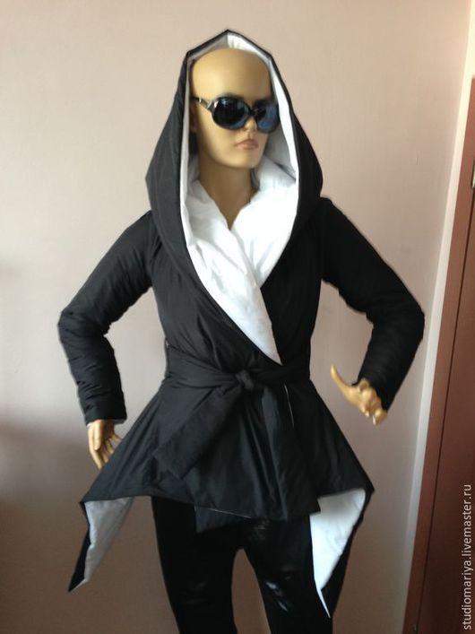 Верхняя одежда ручной работы. Ярмарка Мастеров - ручная работа. Купить Стеганое зимнее пальто ассиметричное двухсторонное с капюшоном. Handmade.