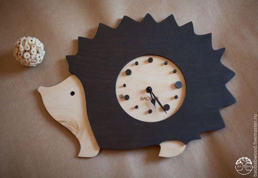 """Часы для дома ручной работы. Ярмарка Мастеров - ручная работа. Купить Настенные часы из дерева """"Ёж"""". Handmade. Настенные часы"""